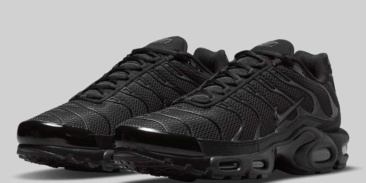 "Nike Air Max Plus ""Triple Black"" DB0682-001 will be released soon"